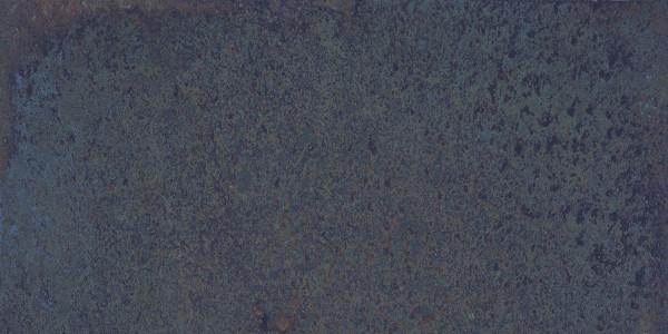 Terrassenplatte Feinsteinzeug Vintage Metalloptik blau Corten Sapphire Aparici