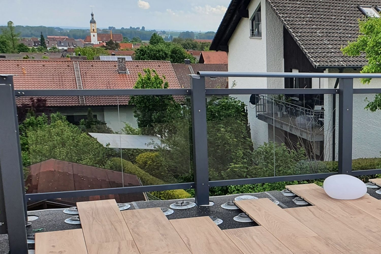Stelzlager-Terrasse_verlegen_terrassenplatten