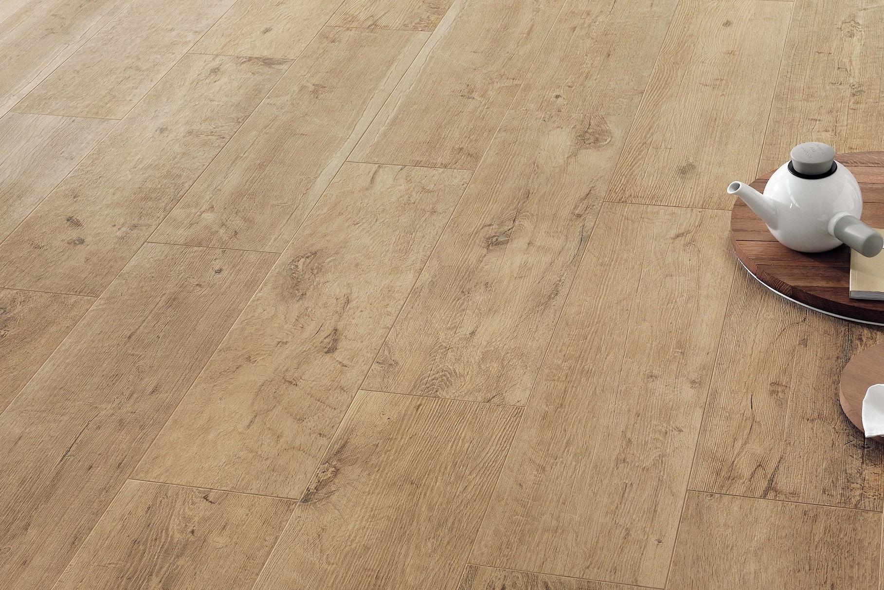fliesen holzoptik eiche gro format axi golden oak. Black Bedroom Furniture Sets. Home Design Ideas