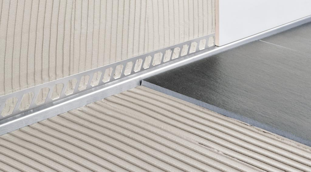 blanke aqua keil wand gef lle profil dusche edelstahl geb rstet 11 24mm 0 98m fliesen profi. Black Bedroom Furniture Sets. Home Design Ideas