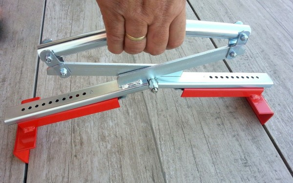 Plattenheber Plattenzange Plattengreifer verstellbar von 40cm bis 60cm für Terrassenplatten